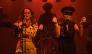Maya_Rudolph-The_Roots_x_Prince_live_fallon